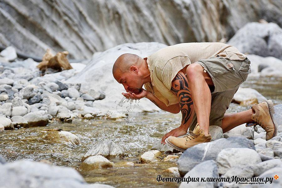 Фото туристов: источники и реки в ущелье Самарья. Крит, Греция.