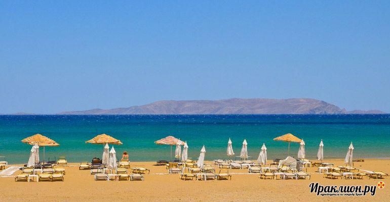 Широкие пляжи дадут отличную возможность расслабиться у моря. Отдохнули? Включаем экскурсионную программу из Картероса по Криту и Санторини!