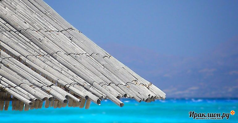 Отдых на пляже Хриси, Греция.