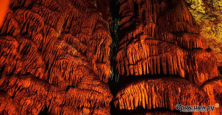 Причудливые геологические узоры в обители Зевса. Крит, Греция.