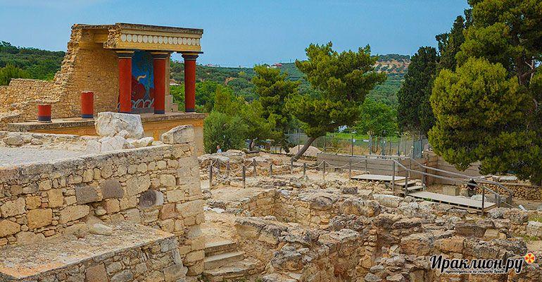 Экскурсия в Кносский дворец царя Миноса и лабиринт Минотавра. Крит, Греция.