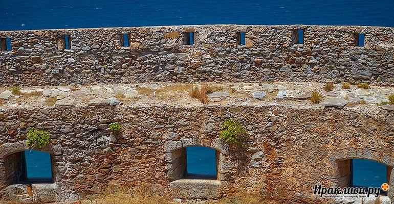 Вид на море из крепости Спиналонги. Крит, Греция.